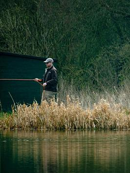 virgin-experience-days-fly-fishing-taster-for-one-in-dronfieldnbspderbyshire