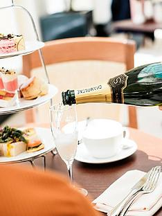 virgin-experience-days-visit-to-blenheim-palace-oxforshire-with-champagne-afternoon-tea-for-two