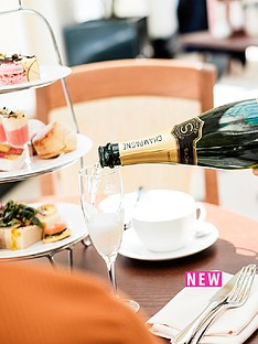 virgin-experience-days-visit-to-blenheim-palace-with-champagne-afternoon-tea-for-two