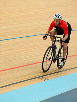virgin-experience-days-velodrome-cycling-experience-with-gb-gold-medalist-at-lee-valley-velopark-london