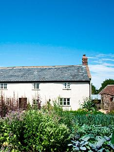 virgin-experience-days-four-course-meal-for-two-with-wine-at-hugh-fearnley-whittingstalls-river-cottage-saturday-night-in-axminster-devonnbsp