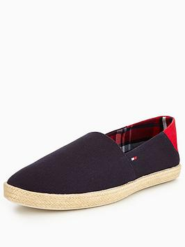 tommy-hilfiger-easy-summer-slip-on