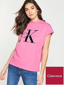 calvin-klein-jeans-taka-5-t-shirt