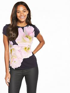 ted-baker-tinko-gardinia-fitted-tee