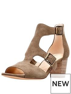 clarks-deloria-kay-buckle-detail-heeled-sandal-olive-suede