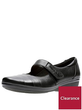 clarks-everlay-kennon-comfort-mary-jane-shoe