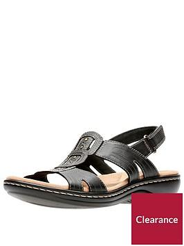 clarks-leisa-vine-low-wedge-sandal-black