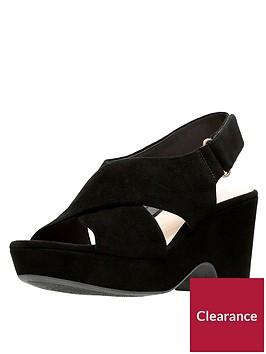clarks-maritsa-lara-cross-strap-wedge-sandal-black