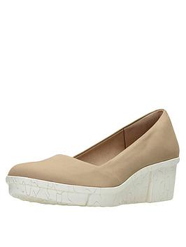 Clarks Pola Mae Wedge Shoe