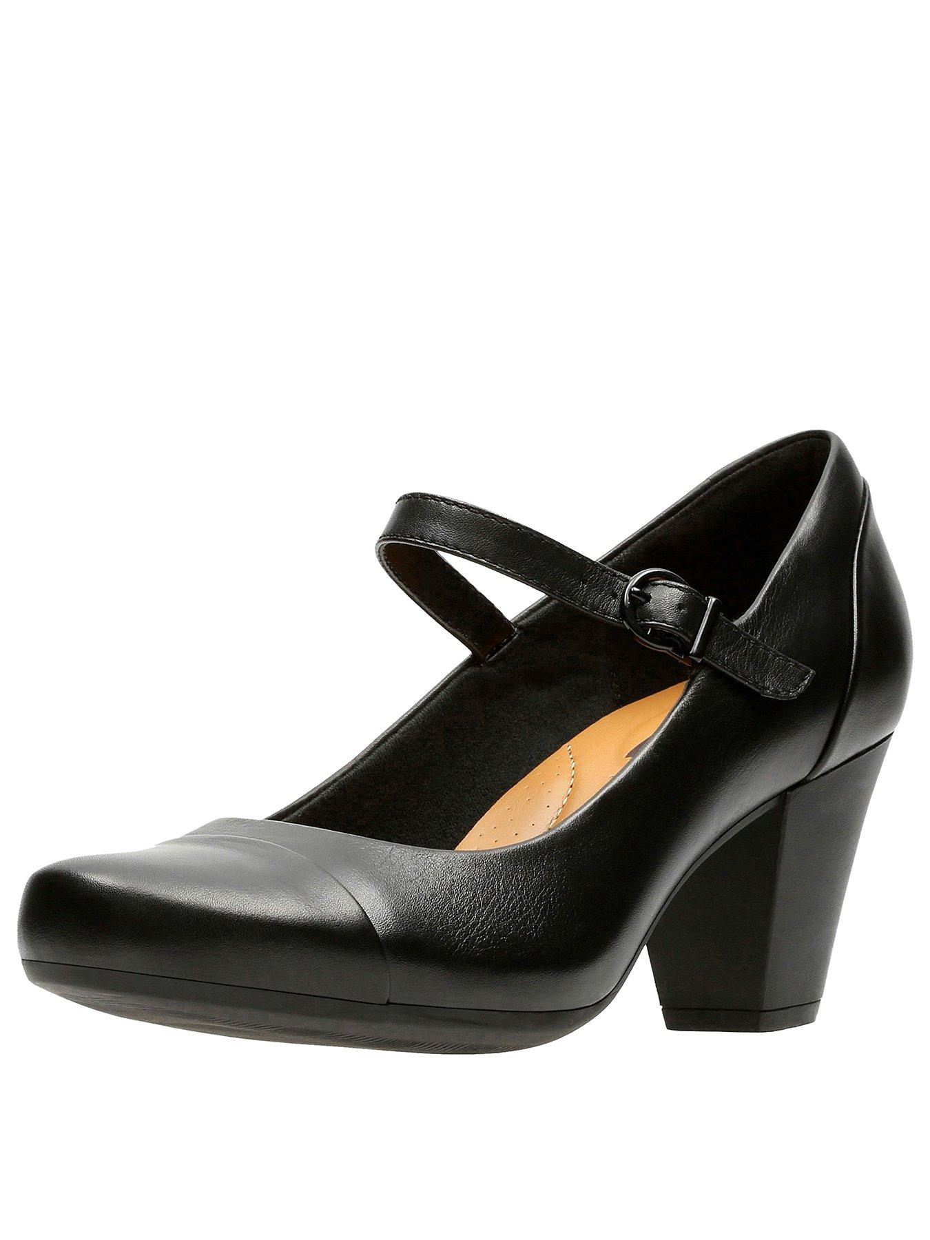 Clarks Garnit Tianna Mary Jane Heeled Shoe