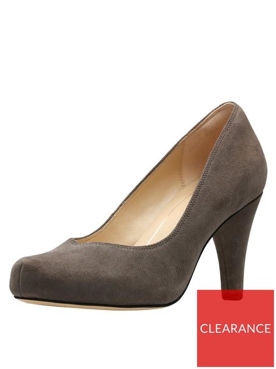 ca13d0025ca2 Clarks Dalia Rose Wide Fit Platform Court Shoe