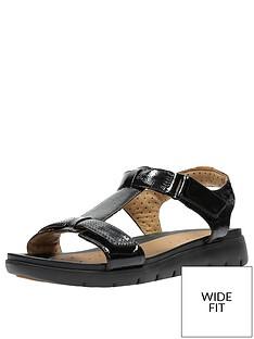 clarks-un-haywood-wide-fit-adjustable-flat-sandal-black