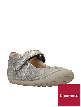 clarks-tiny-eden-first-shoe