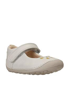 clarks-tiny-eden-first-shoe