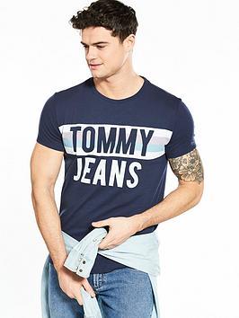 tommy-jeans-colorblock-font-t-shirt