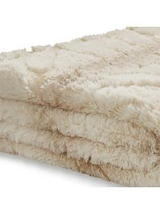 catherine-lansfield-ghost-faux-fur-throw
