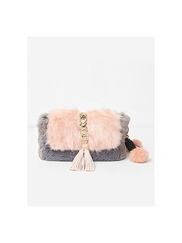 river-island-faux-fur-underarm-bag