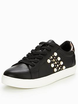V By Very Angelina Pearl And Stud Trainer - Black