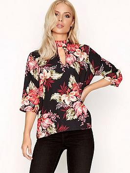 girls-on-film-floral-keyhole-top