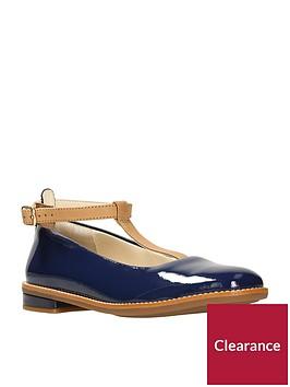 clarks-darcy-blush-girls-shoes-navy