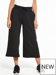 reebok-classics-wide-leg-crop-pants-blacknbsp