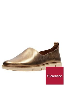 clarks-tri-curve-slip-on-shoe-bronze