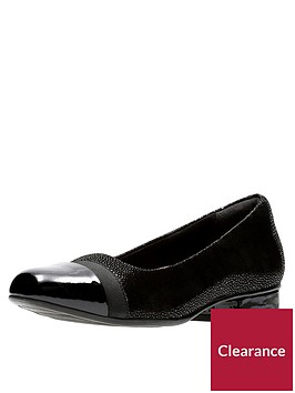 clarks-keesha-rosa-wide-fit-ballerina-shoe-black