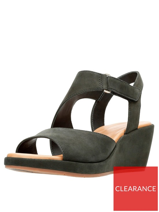c8c248f89 Clarks Un Plaza Sling Wide Fit Wedge Sandal - Black
