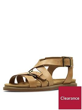 clarks-corsio-bambi-strappy-flat-sandal-light-tan