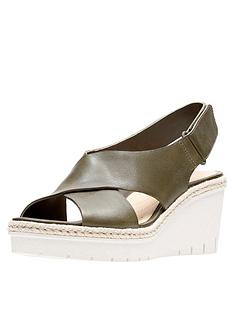 clarks-palm-glow-cross-strap-leather-wedge-sandal-khaki