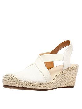 clarks-petrina-lela-espadrille-wedge-shoe-natural