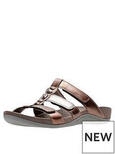 0330a5203931 Clarks Pical Cusick Slide Flat Sandal - Metallic