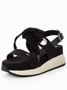 tommy-jeans-modern-hybrid-flatform-sandal-black