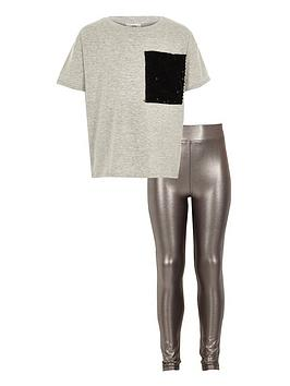 river-island-girls-grey-sequin-pocket-t-shirt-outfit