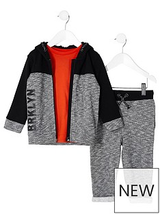 river-island-mini-boys-grey-block-tracksuit-outfit