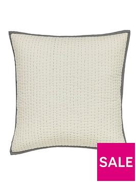 harlequin-amazilia-cushion