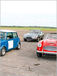 virgin-experience-days-triple-classic-car-drive-plus-high-speed-passenger-ride-innbspbicesternbspoxfordshire