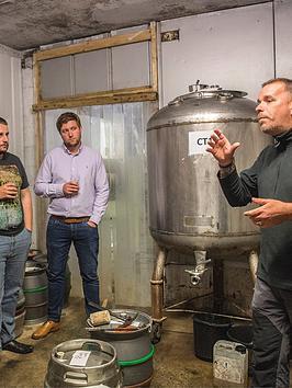 virgin-experience-days-beer-lovers-tour-of-yorkshire-breweries-in-york-or-leeds