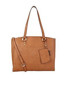 accessorize-quentin-shoulder-bag
