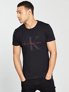 calvin-klein-jeans-ck-jeans-tamsay-slim-fit-crew-neck-t-shirt