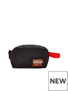 superdry-montana-travel-bag