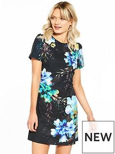 oasis-fairytale-shift-dress