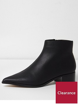 river-island-pointed-ankle-boot--black