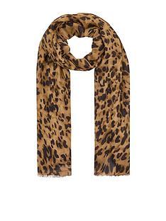 accessorize-urban-leopard-scarf