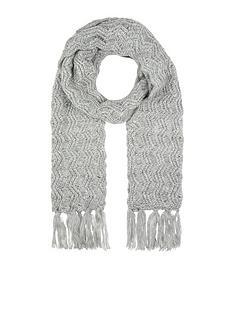 accessorize-sh-zig-zag-stitch-scarf