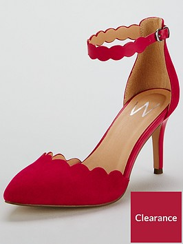 wallis-two-partnbspcourts-ndash-red