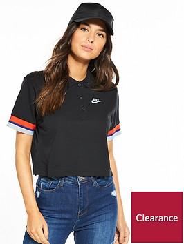 nike-sportswear-taping-cropped-t-shirt