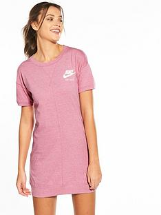 nike-sportswear-gym-vintage-dress-pinknbsp