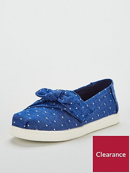 toms-chambray-strap-shoe