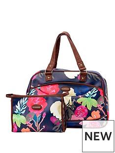 kangol-floral-weekend-bag-and-wash-bag